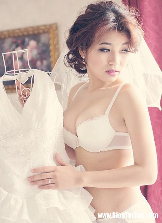Jenifer Trinh hóa thân thành cô dâu gợi cảm