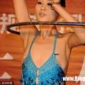 Nữ diễn viên Trung Quốc lộ toàn bộ nhũ hoa khi đang biểu diễn 1