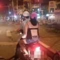"""Những kiểu ăn mặc """"kinh hoàng"""" của phái đẹp Việt ngày nóng 1"""