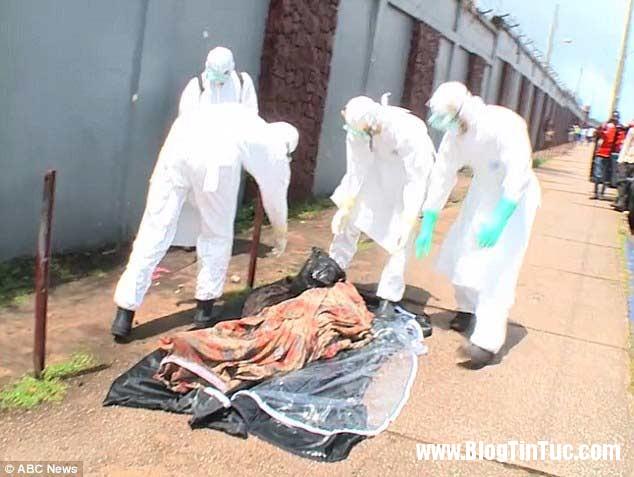 1412735684 chuyen la 2  Thi thể nạn nhân Ebola đột nhiên cử động sống lại