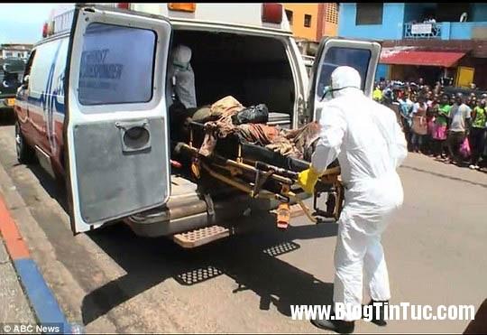 1412735684 chuyen la 3  Thi thể nạn nhân Ebola đột nhiên cử động sống lại