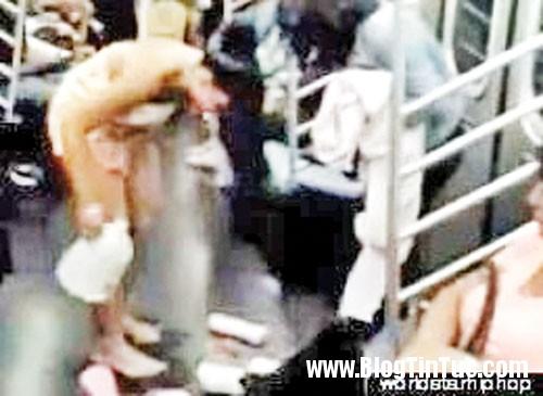 1348621678 chuyen la Thiếu nữ hồn nhiên tắm tiên trên tàu điện ngầm