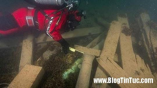 1412645585 chuyen la tau 3  Bí ẩn xác tàu ăn thịt người nằm tại đáy biển Bắc Cực