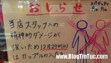 """1 OCHY.jpg Nhà hàng Nhật Bản để bảng """"tẩy chay"""" các cặp đôi dịp Giáng Sinh"""