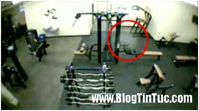 Ghosst Bóng ma ẩn hiện trong phòng tập thể dục
