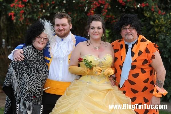 ssss1 Đám cưới độc đáo của cặp đôi người đẹp và quái thú đời thực
