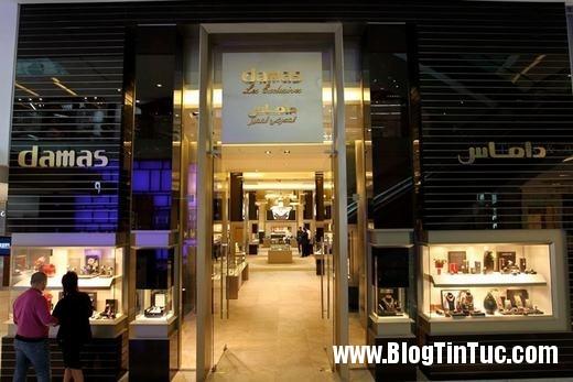 20150725 010815 do xa hoa chv dubai 2606142509 520x347 Chiêm ngưỡng độ xa hoa không tưởng của tiệm vàng ở Dubai