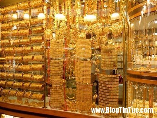 20150725 010900 do xa hoa chv dubai 2606132509 520x390 Chiêm ngưỡng độ xa hoa không tưởng của tiệm vàng ở Dubai