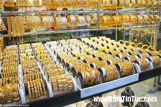 20150725 010901 do xa hoa chv dubai 2606112509 520x347 Chiêm ngưỡng độ xa hoa không tưởng của tiệm vàng ở Dubai