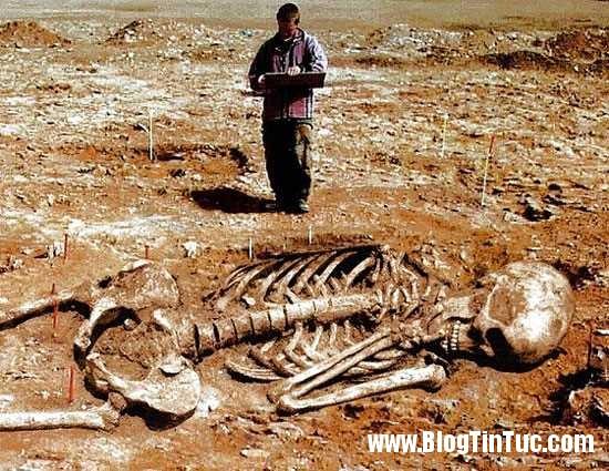 Archeology Hoax size 0x0 znd Ghé thăm nghĩa địa người ngoài hành tinh ở châu Phi